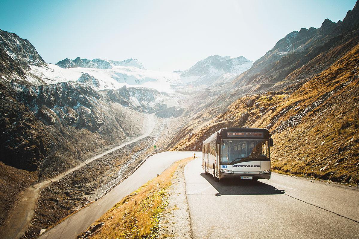 Öffentliche Verkehrsmittel und Wanderbusse im Ötztal